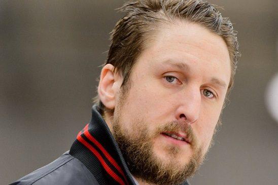 Юнас Ольссон — защитник, гитарист, адвокат